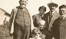Young Heinrich with family